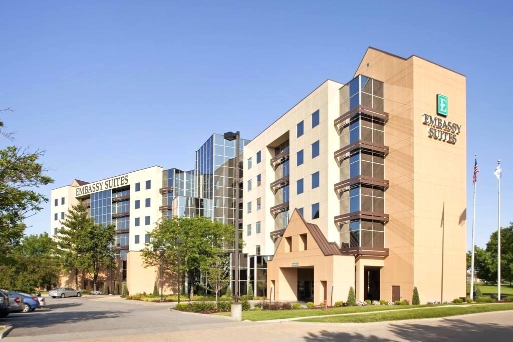 bridgeton mini storage embassy suites st airport hotel deals